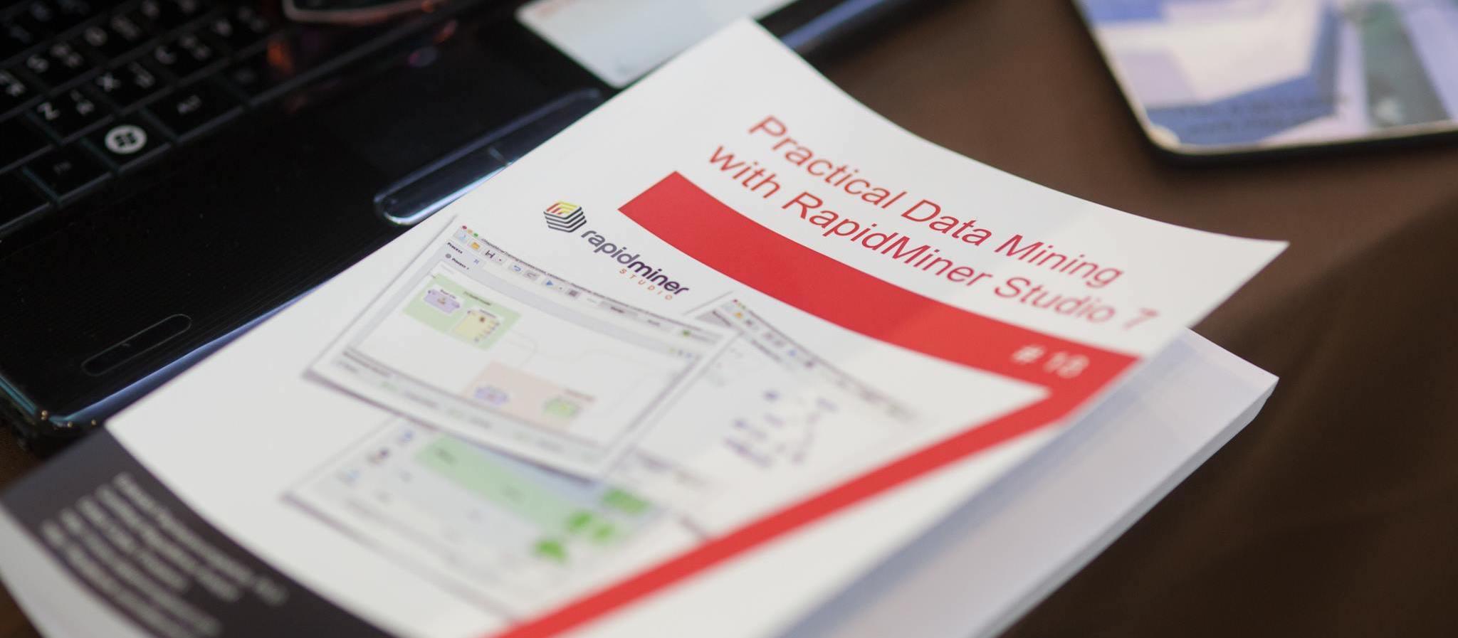 หลักสูตรการวิเคราะห์ข้อมูลด้วยเทคนิค Data Mining โดยซอฟต์แวร์ RapidMiner Studio 9 (ขั้นพื้นฐานและปานกลาง) รุ่นที่ 37